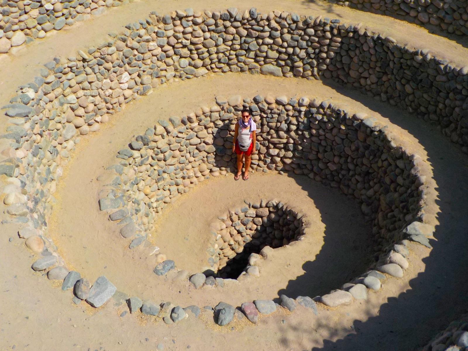 Acueductos, Nazca, Perú